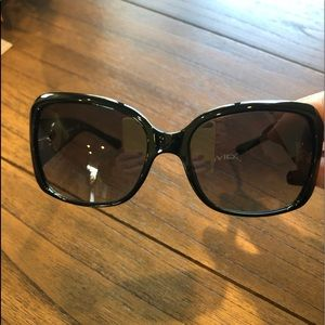 Tory Burch sunglasses PERFECT CONDITION